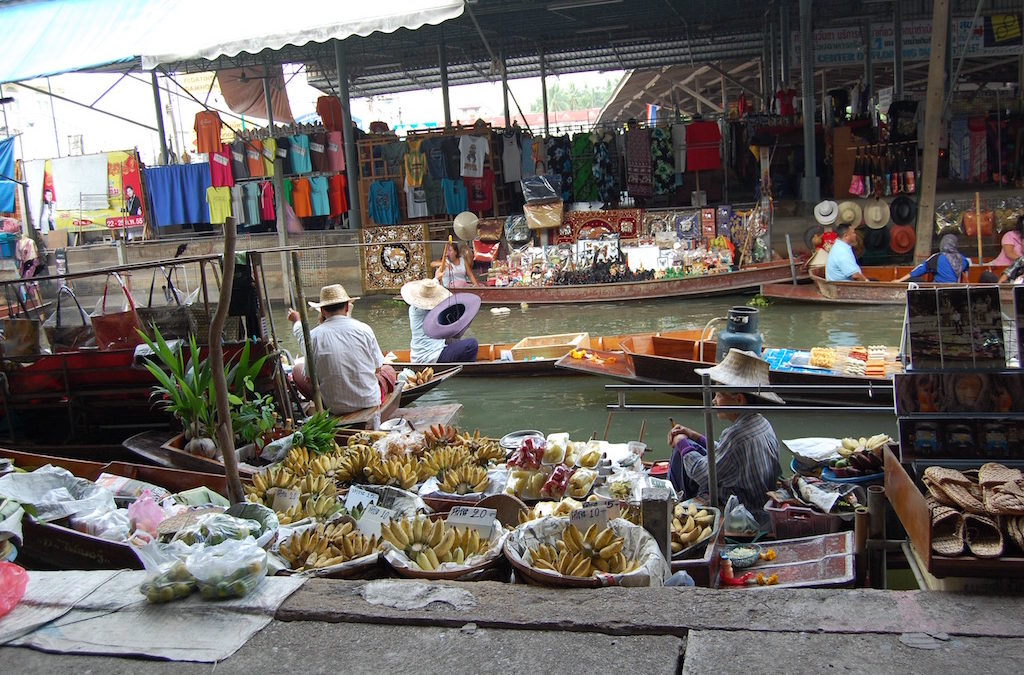 Day 1: the floating market